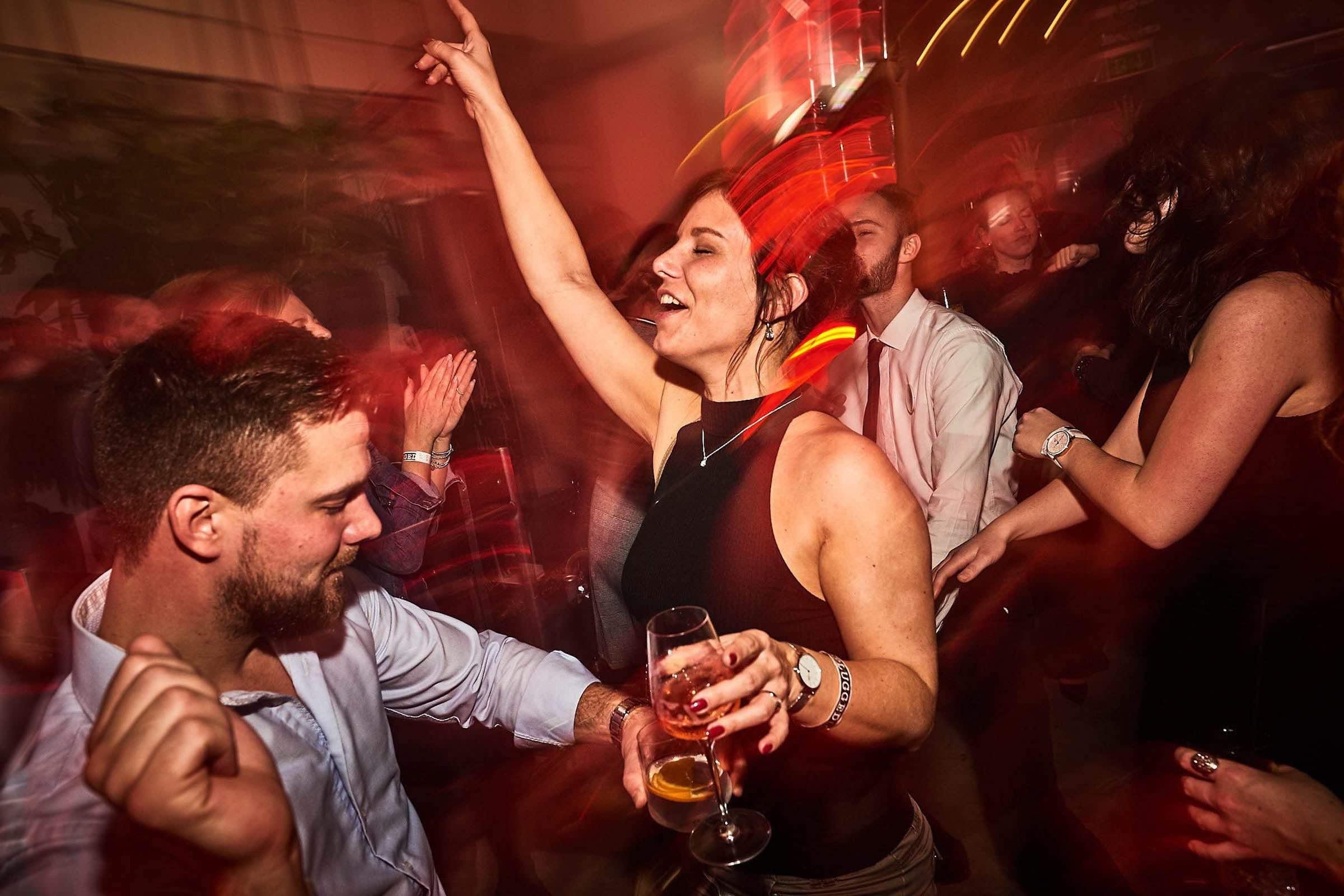 DJ | Hamburg | DJ | Agentur | DJ | Service | DJ | Messe | DJ | Firmenevent | Firmenfeier | DJ | Weihnachtsfeier | DJ | Sommerfest | DJ | Weihnachtsfeier | DJ | Event | DJ | Mieten | Buchen | Anfragen | Hamburgfeiert