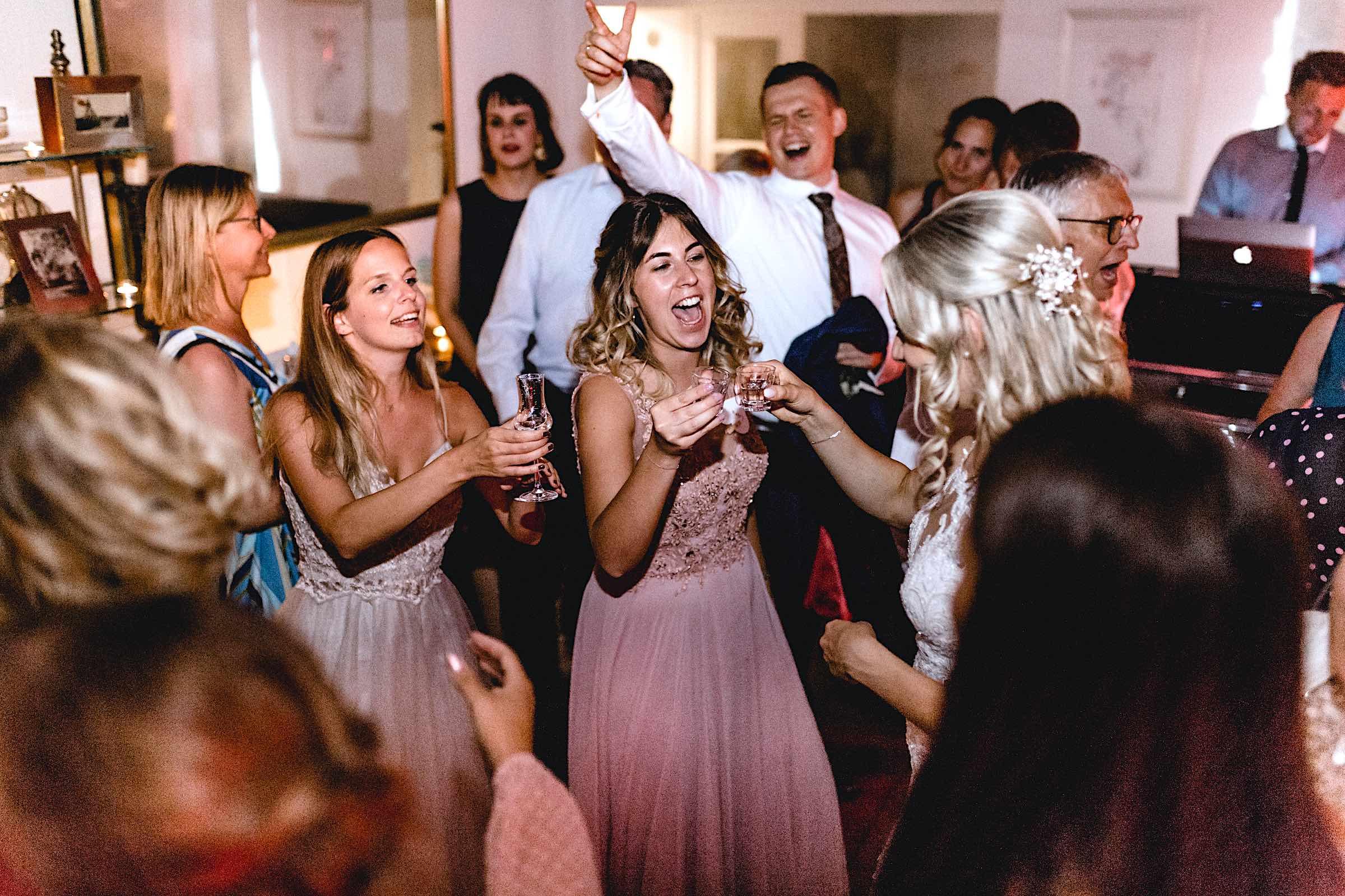 Dj | Hamburg | Hochzeit | DJ | Buchen | DJ | Geburtstag | DJ | Betriebsfeier | DJ | Buchen | Discjockey | Mieten | DJ | Agentur | DJ | Timm | Hamburgfeiert