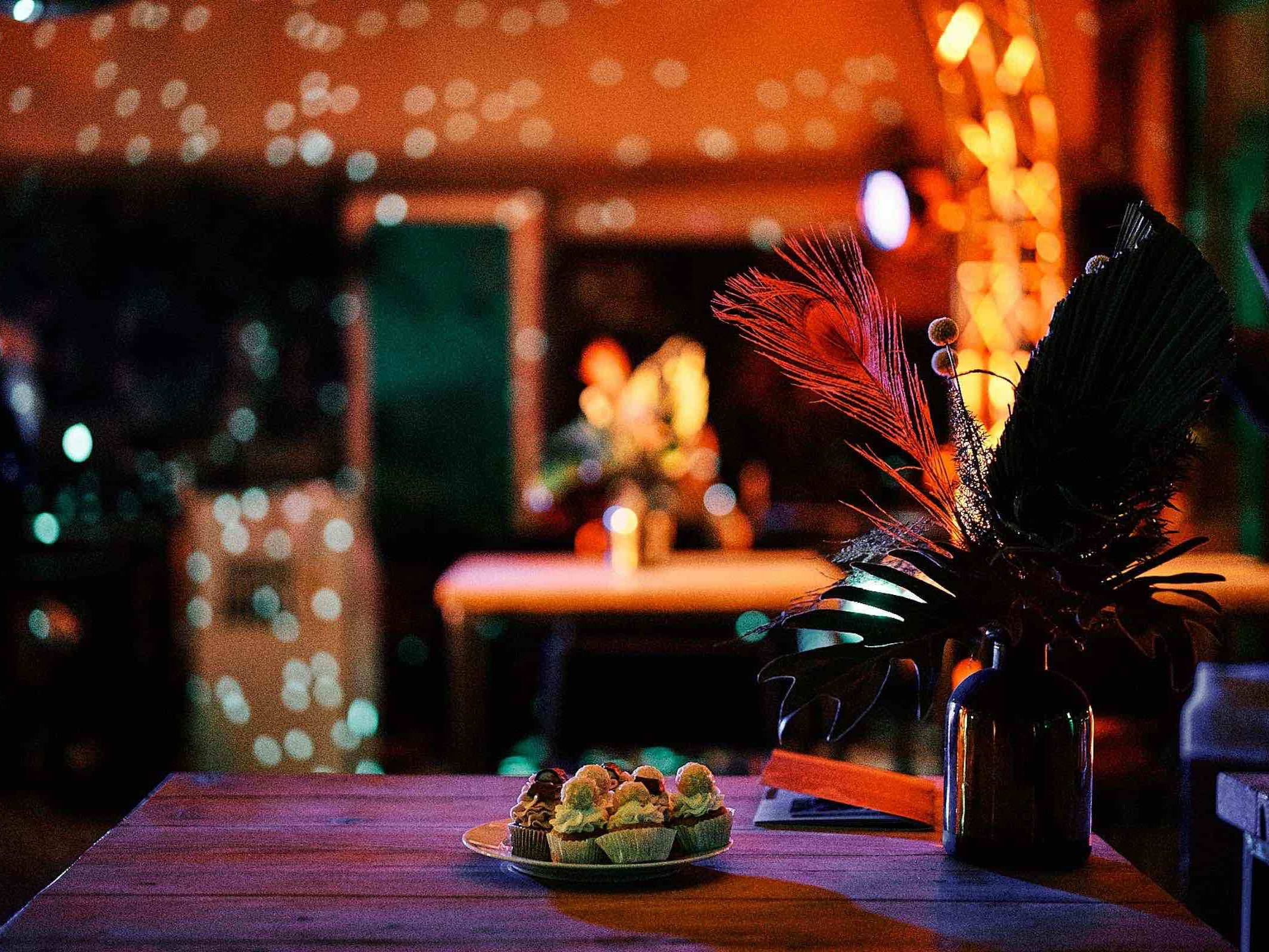 Eventplanung | Eventausstatung | Event | Miet | Service | Hannover | Kongresse | Galas | Shows | Modenschauen | Bühnen | Licht | Tontechnik | Logistik | Dekoration | Catering | Programmgestaltung | Künstler