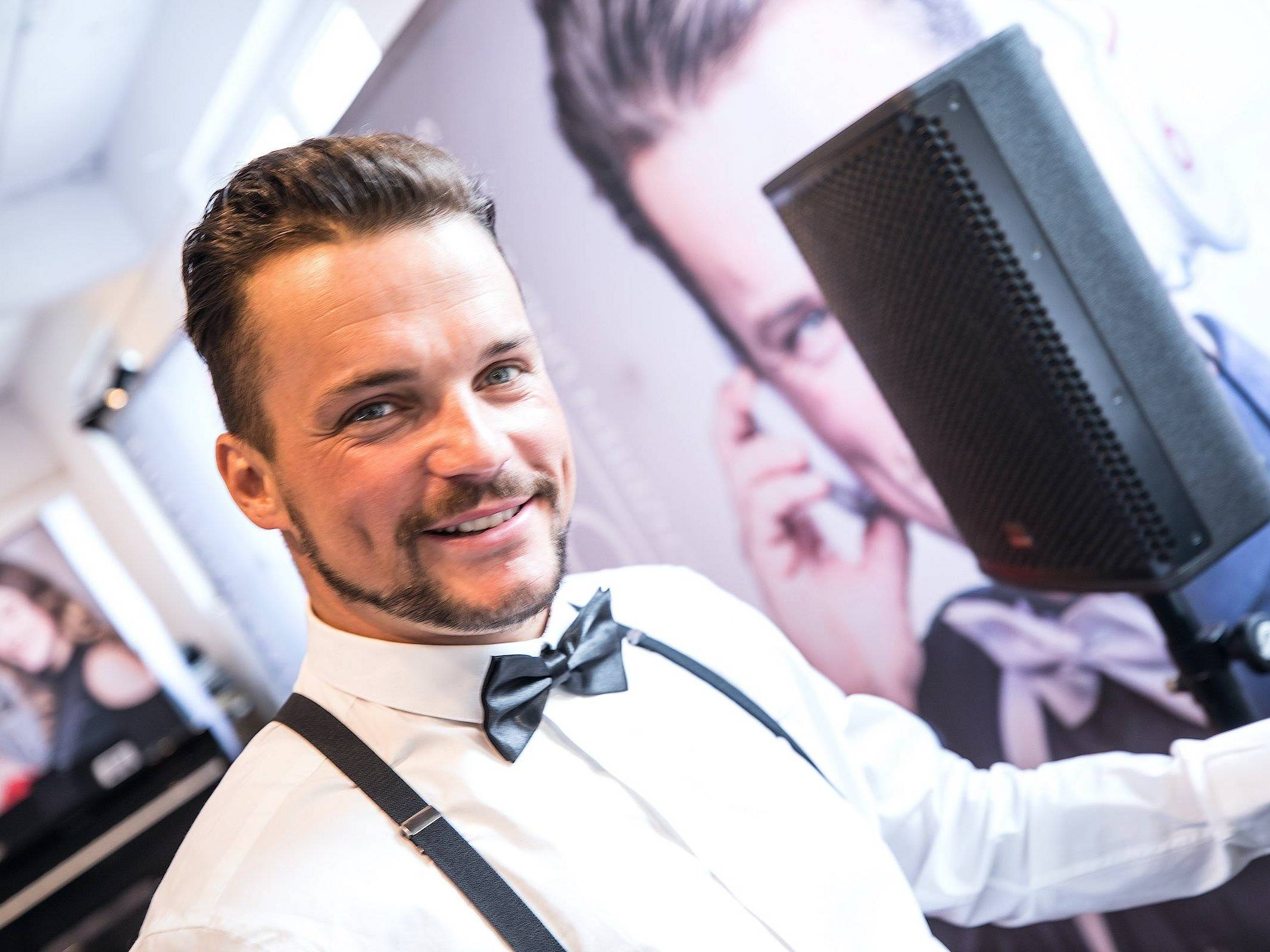 Hochzeits | DJ | Hamburg | Mieten | Buchen | Marco | DJ | Hochzeit | Messe | DJ | Event | DJ | Geburtstag | DJ | Betriebsfeier | DJ | Buchen | Discjockey | Mieten | DJ | Agentur | Hamburgfeiert