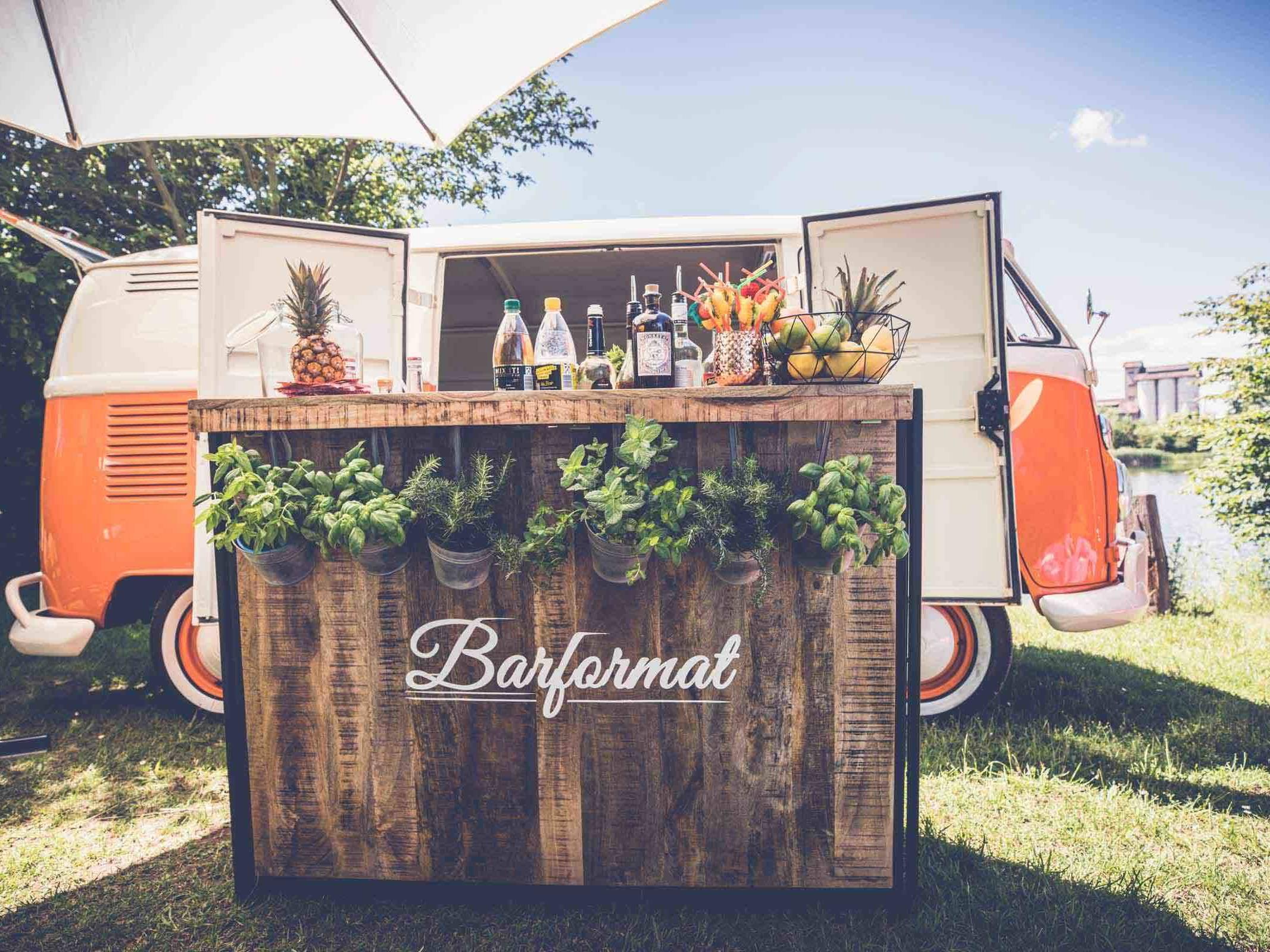 Mobile | Cocktailbar | Hamburg | Cocktailservice | Hochzeit | Sektempfang | Barkeeper | Buchen | Mieten | Geburtstag | Ape | VW | Bar | Getränke | Catering | Foodtruck | Weinbar | Ginbar | Sektbar | Kaffeebar