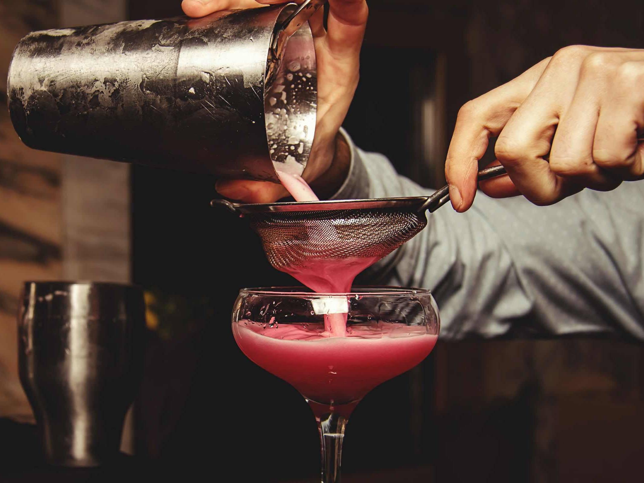 Mobile | Cocktailbar | Hamburg | Hochzeit | Sektempfang | Barkeeper | Mieten | Geburtstag | VW | Bar | Ape | Getränke | Catering | Weinbar | Ginbar | Sektbar | Kaffeebar | Cocktails | Hamburgfeiert