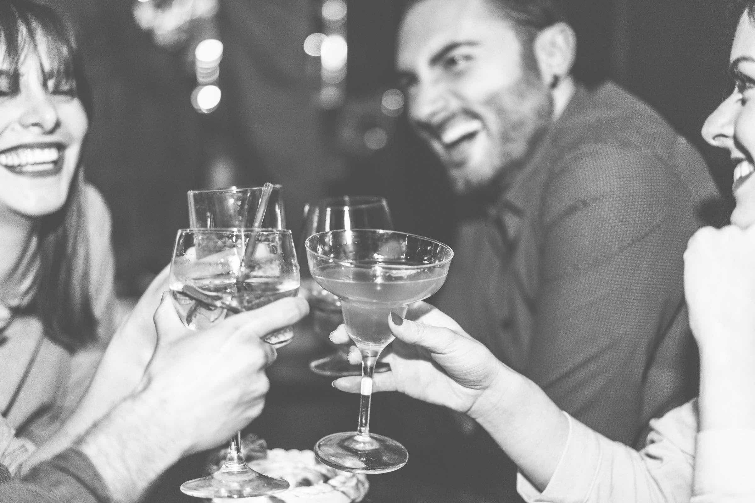 Mobile | Cocktailbar | Hochzeit | Hamburg | Sektempfang | Barkeeper | Mieten | Geburtstag | Ape | VW | Bar | Getränke | Catering | Foodtruck | Ginbar | Weinbar | Sektbar | Kaffeebar | Messe | Hamburgfeiert