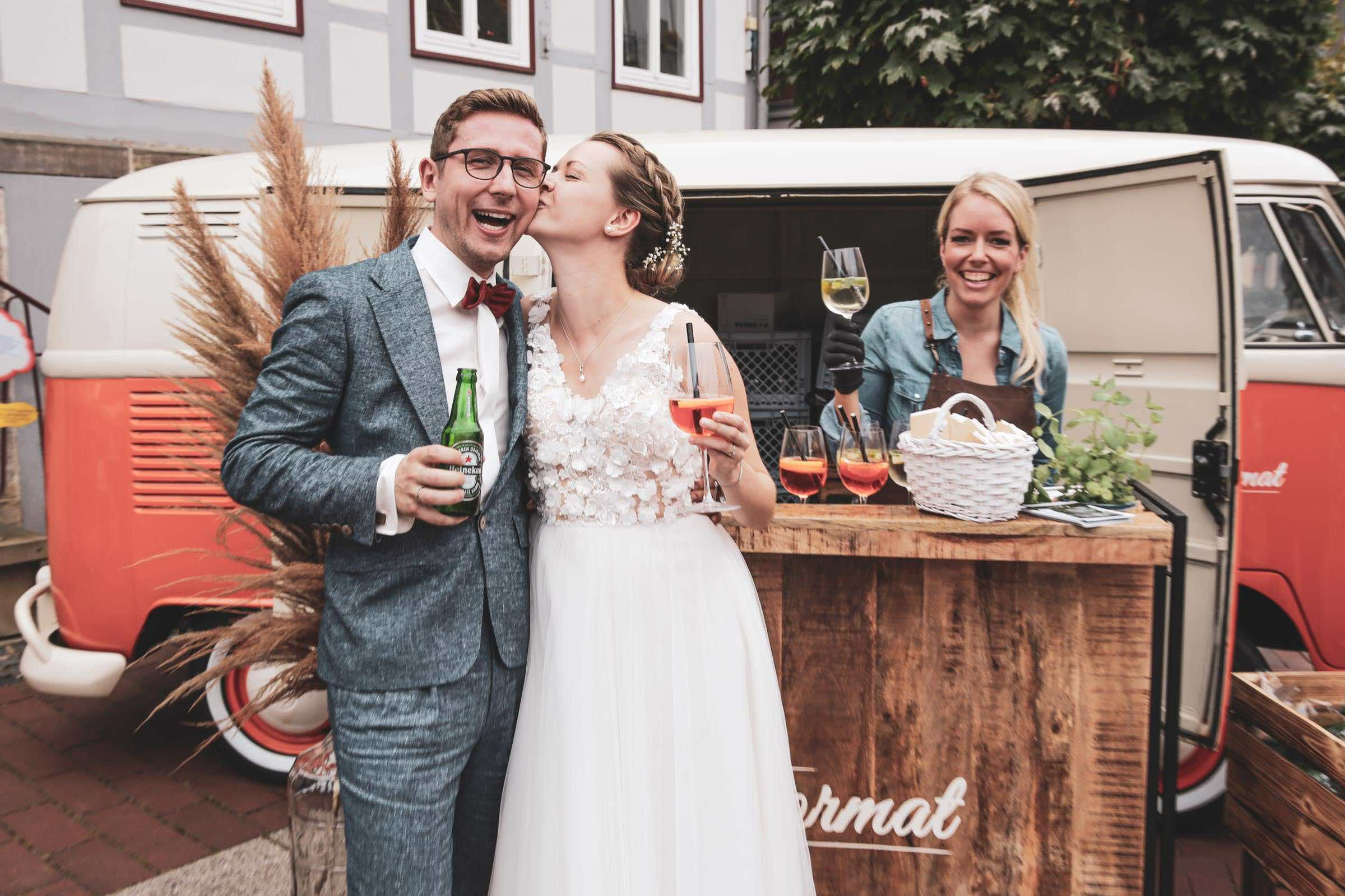 Mobile | Cocktailbar | Hochzeit | Hamburg | Sektempfang | Barkeeper | Mieten | Geburtstag | VW | Bar | Ape | Getränke | Catering | Foodtruck | Weinbar | Ginbar | Sektbar | Kaffeebar | Hamburgfeiert