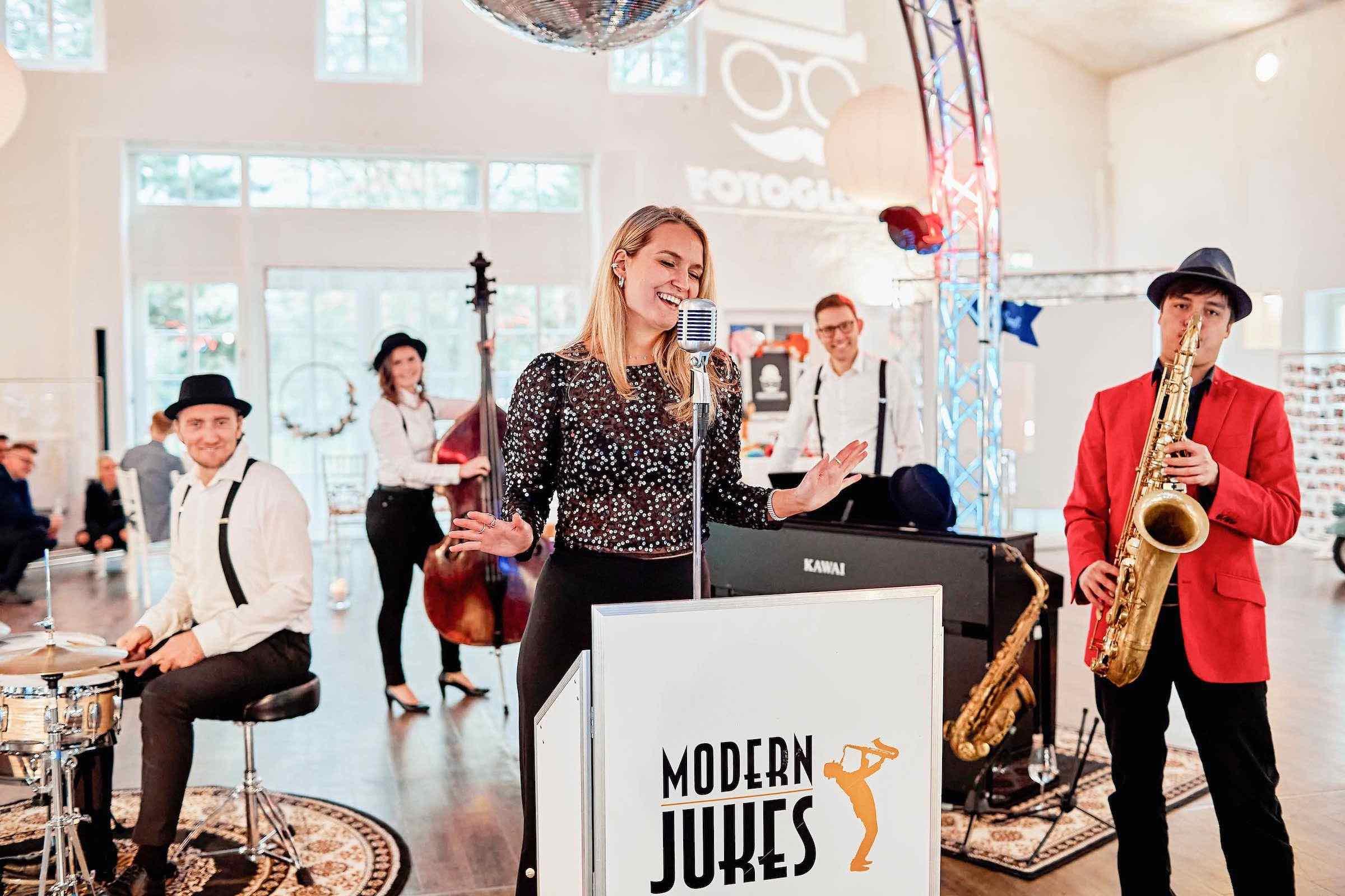 Partyband | Jazzband | Hamburg | Buchen | Band | Empfang | Sektempfang | Popband | Partyband | Sektempfang | Party | Trauung | Dinner | Buchen | Mieten | Hamburgfeiert