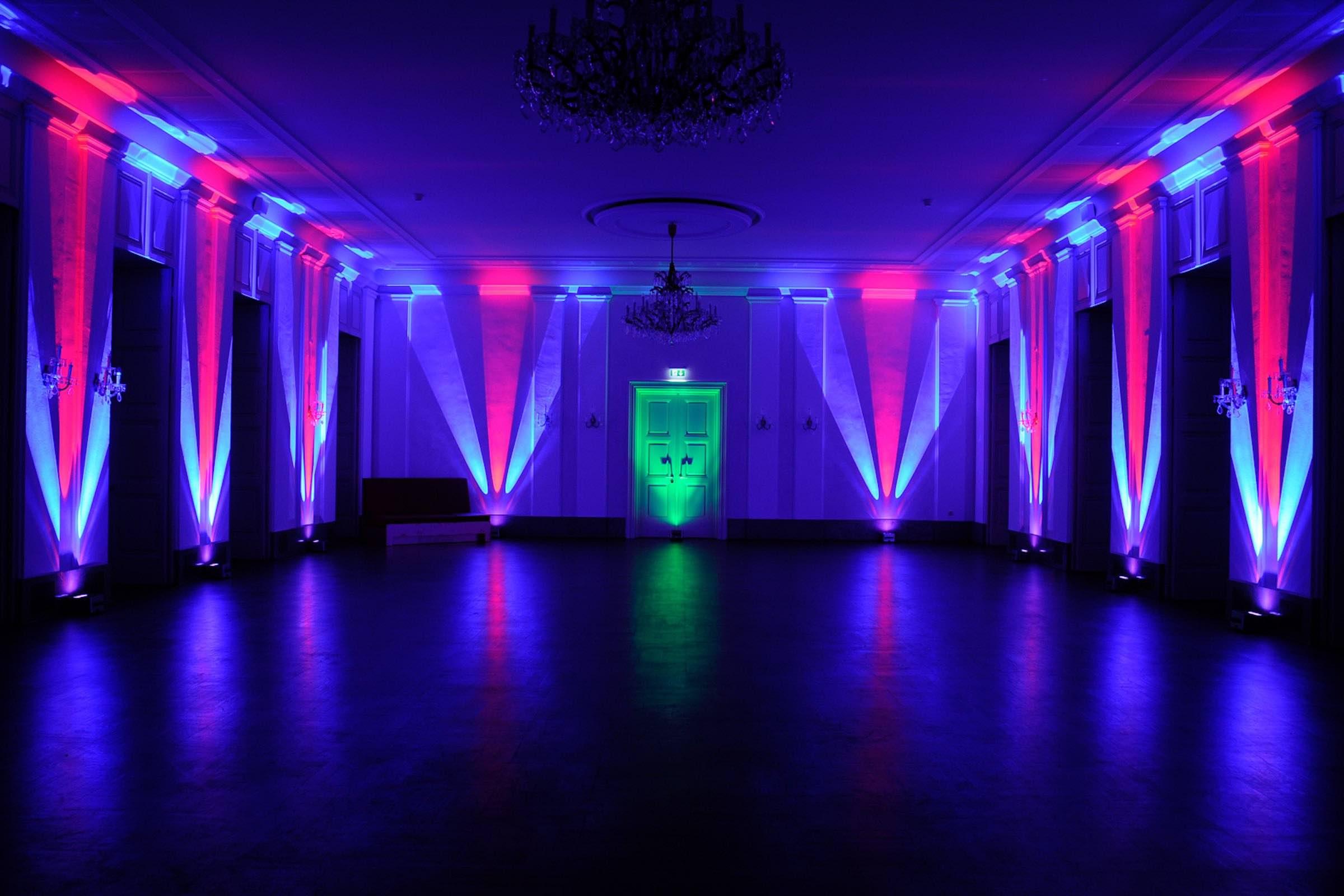 Beleuchtung | Hamburg | Eventtechnik | Akku | LED | Floorspots | Messe | Firmenveranstaltung | Indoor | Outdoor | Spots | Lichttechnik | Ambientebeleuchtung | Uplight | Buchen | Mieten | Anfragen | Hamburgfeiert Beleuchtung | Hamburg | Eventtechnik | Akku | LED | Floorspots | Messe | Firmenveranstaltung | Indoor | Outdoor | Spots | Lichttechnik | Ambientebeleuchtung | Uplight | Buchen | Mieten | Anfragen | Hamburgfeiert