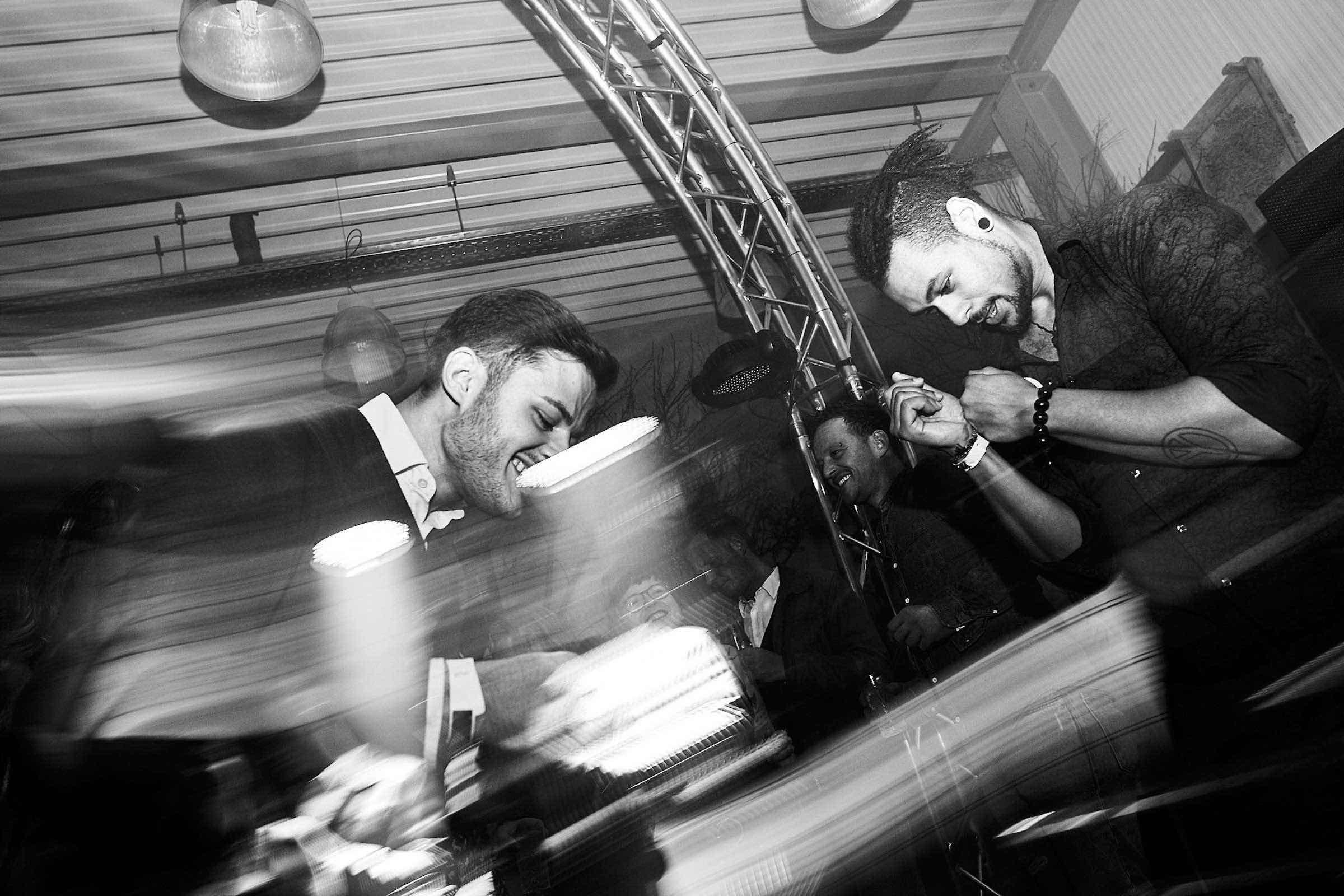 DJ | Mieten | Hamburg | DJ | Agentur | DJ | Service | DJ | Messe | DJ | Firmenevent | Firmenfeier | Hamburg | DJ | Betriebsfeier | Hamburg | Tanzfläche | DJ | Hochzeit | Buchen | Anfragen | Hamburgfeiert