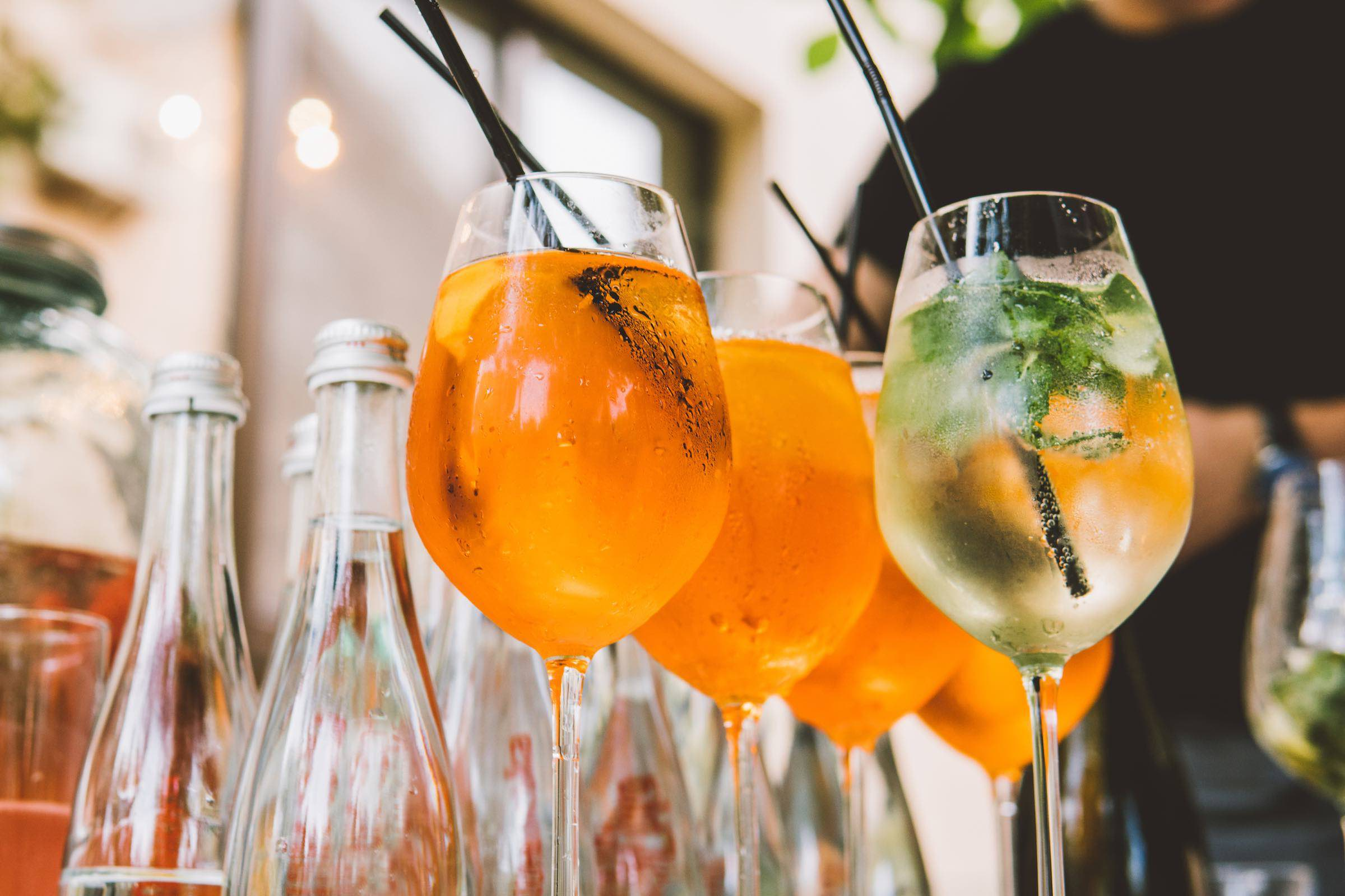 Hamburg   Barkeeper   Catering   Getränke   Mobile   Cocktailbar   Messe   Event   Business   Mieten   Anfragen   Hamburgfeiert