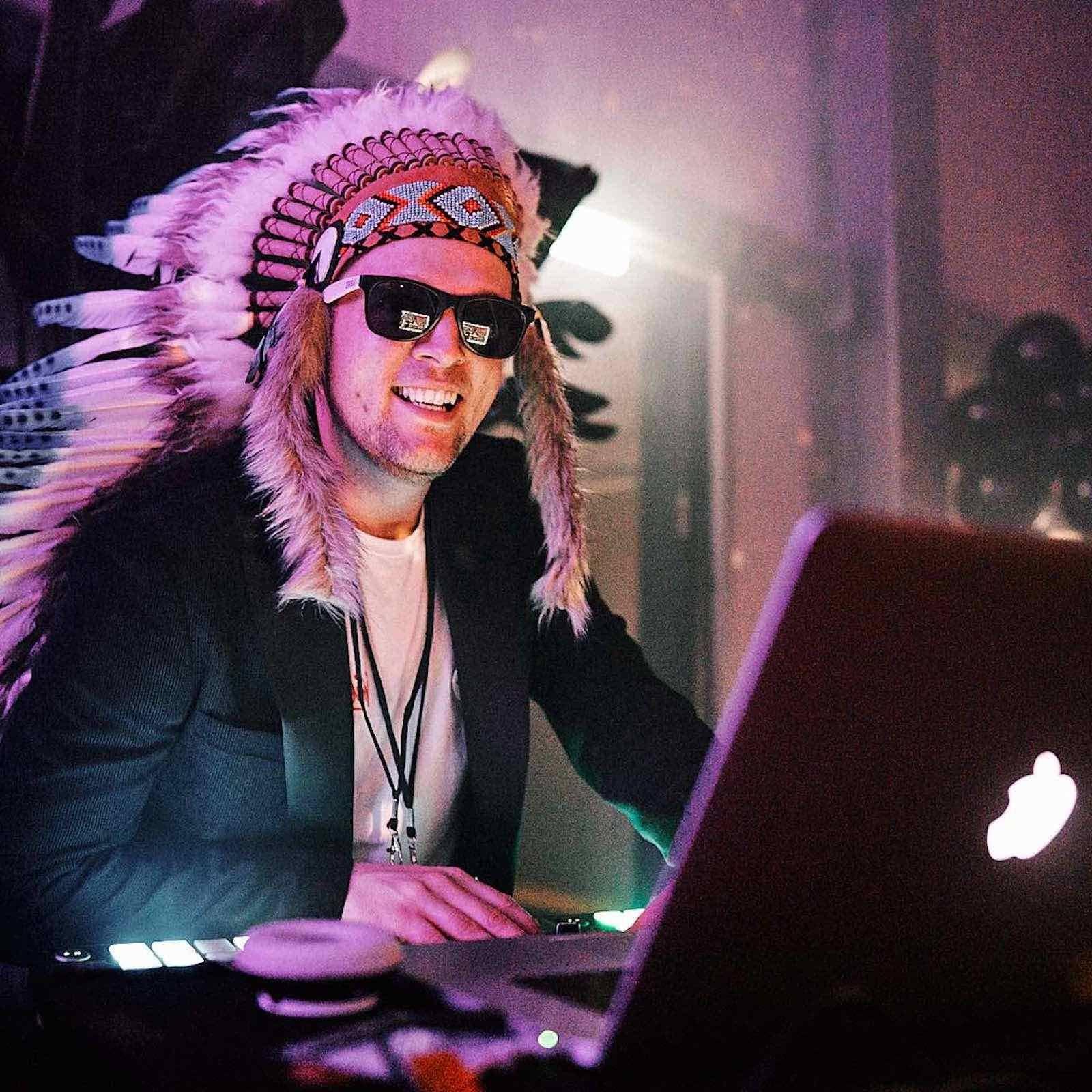Hochzeits | DJ | Buchen | Hamburg | DJ | Hochzeit | DJ | Geburtstag | DJ | Betriebsfeier | DJ | Buchen | Discjockey | Mieten | DJ | Agentur | DJ | Timm | Hamburgfeiert