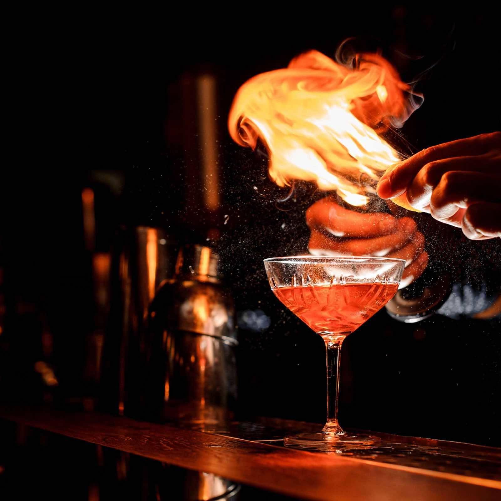 Mobile | Cocktailbar | Hamburg | Hochzeit | Sektempfang | Barkeeper | Mieten | Geburtstag | Ape | VW | Bar | Getränke | Catering | Foodtruck | Weinbar | Sektbar | Kaffeebar | Cocktails | Hamburgfeiert